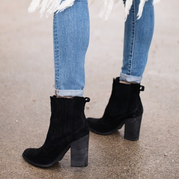 Dolce Vita Womens Conway Booties